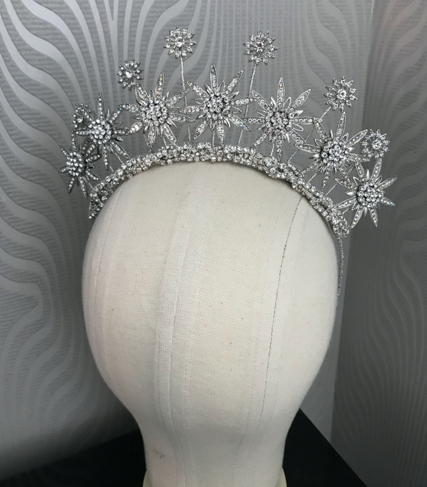 New Double layer statement star headpiece.