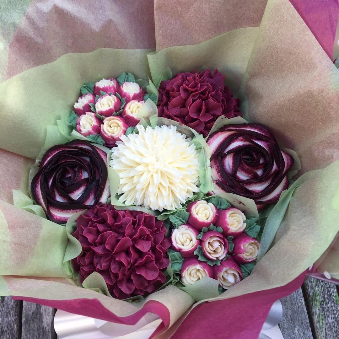 Bouquet dark pink