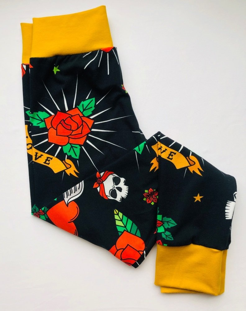 Age 7 Years Skull Leggings