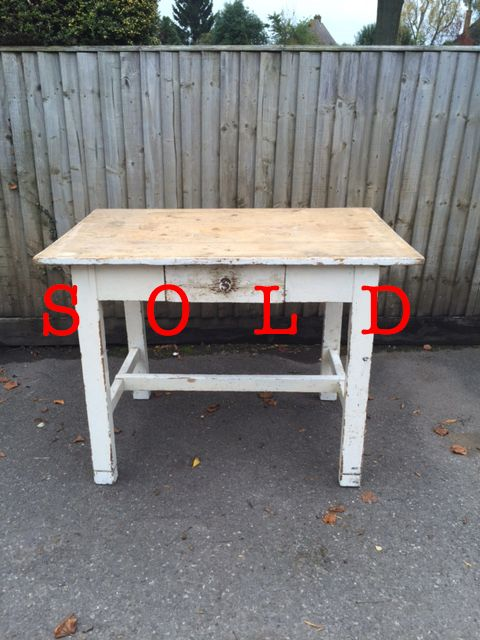Wooden table with drawer/white legs