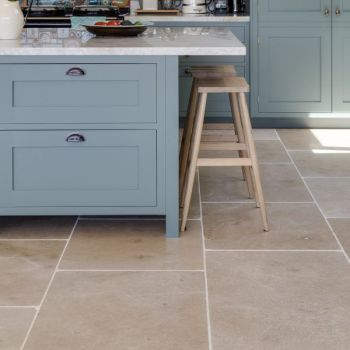Neranjo Limestone Tumbled (Seasoned)