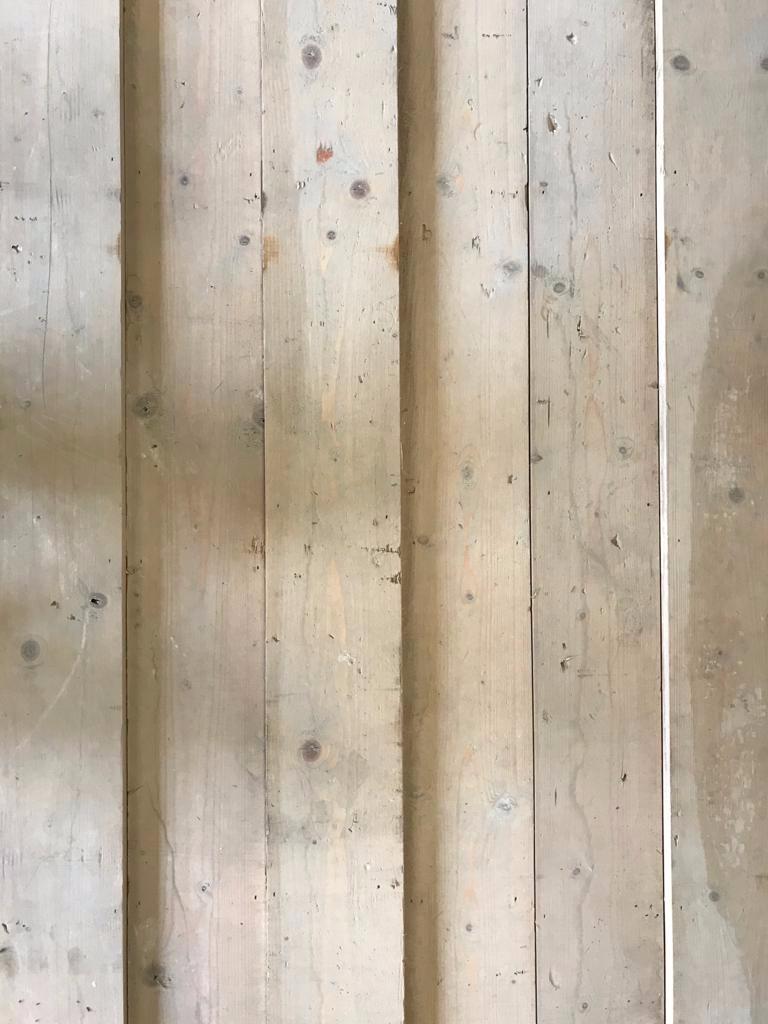 Reclaimed Pine Board 5 3/4