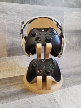 Headphone and gamer controller stand