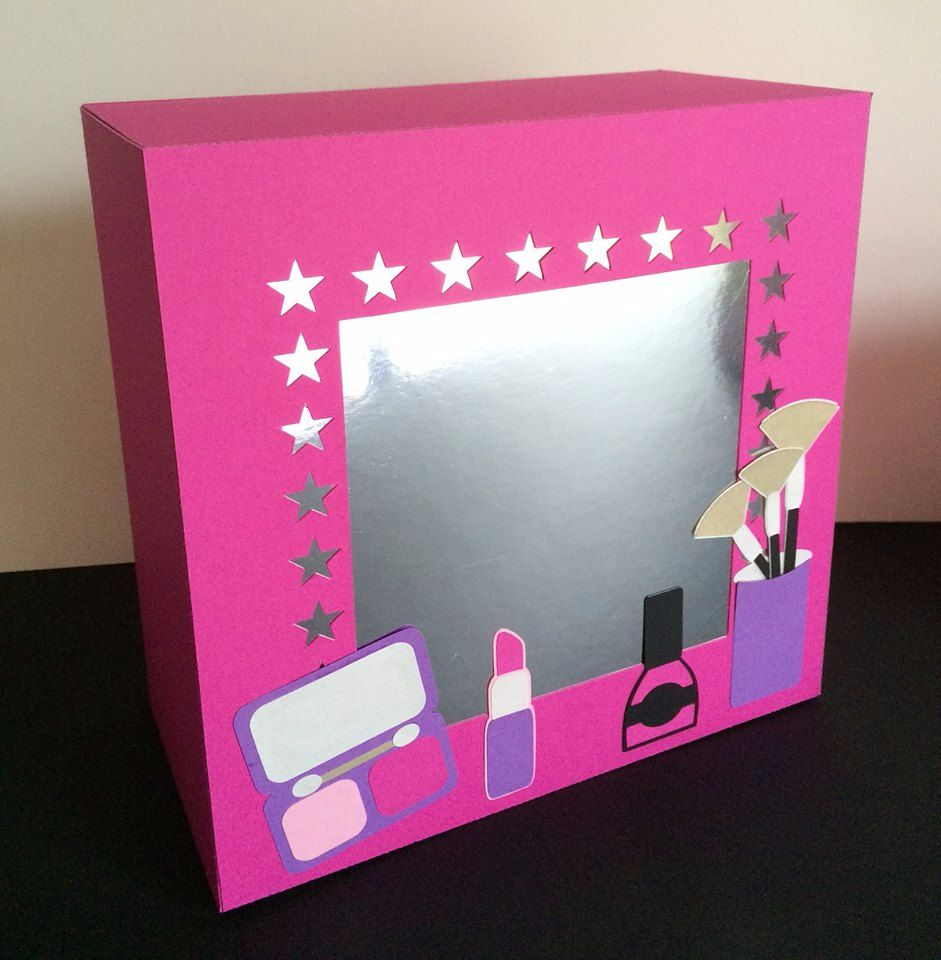Girlie Fun Mirror Light Box / Gift Box