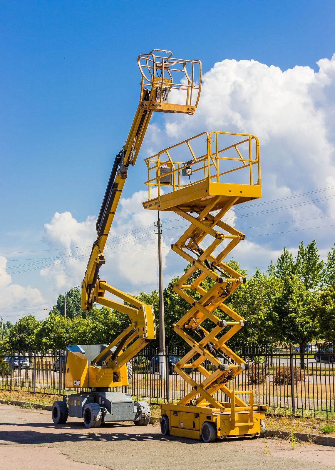 Cherry pick and scissor lift training with Tamar Valley Training