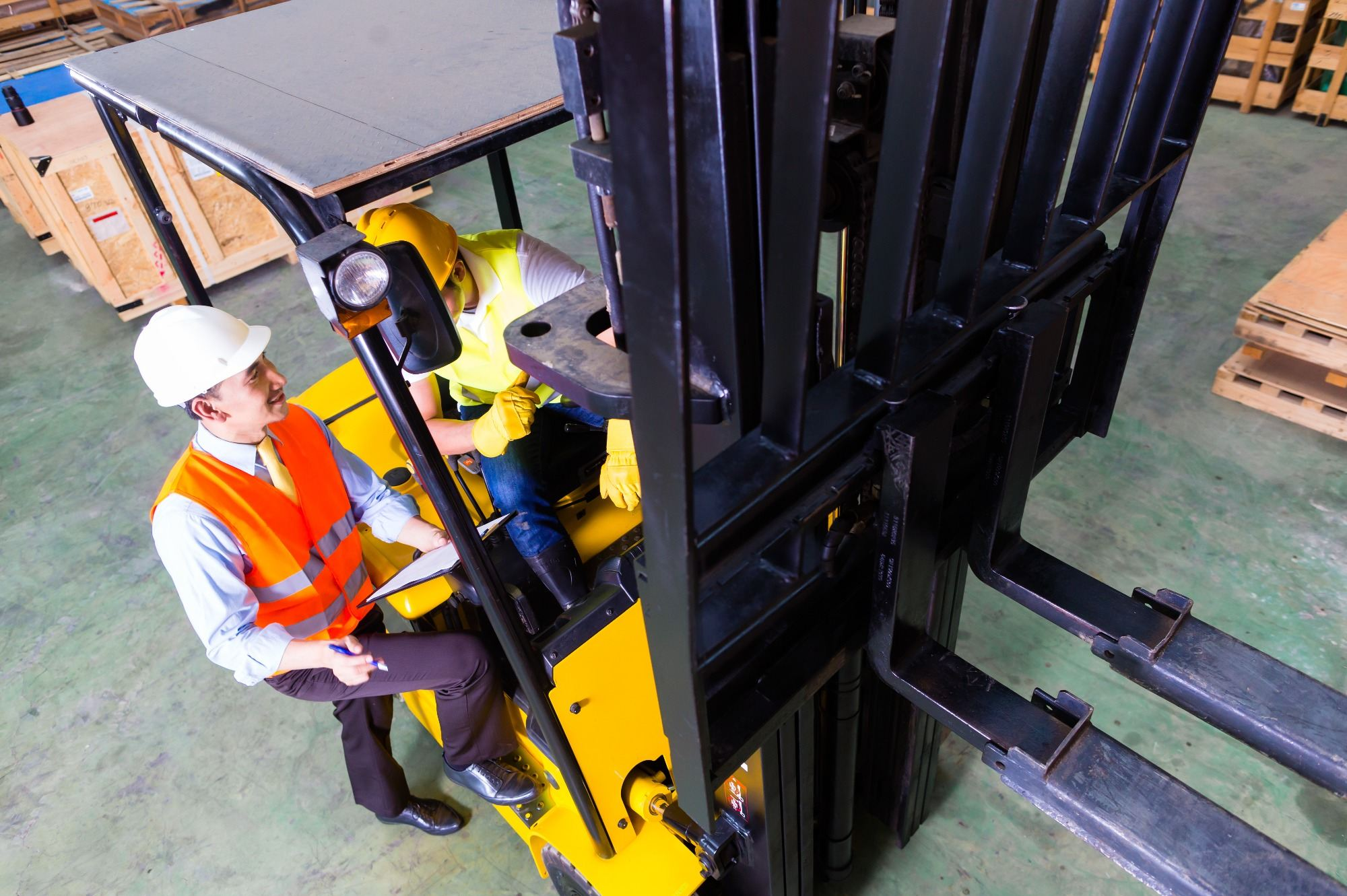 Counter Balance forklift training with Tamar Valley Training