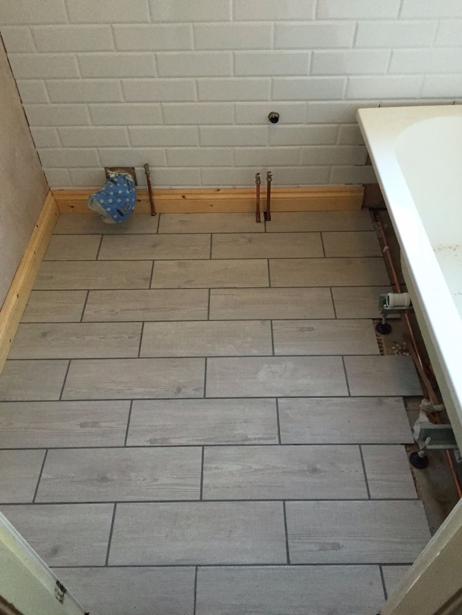 Gmh improvements wall and floor tiling tiling wood effect tiles dailygadgetfo Image collections