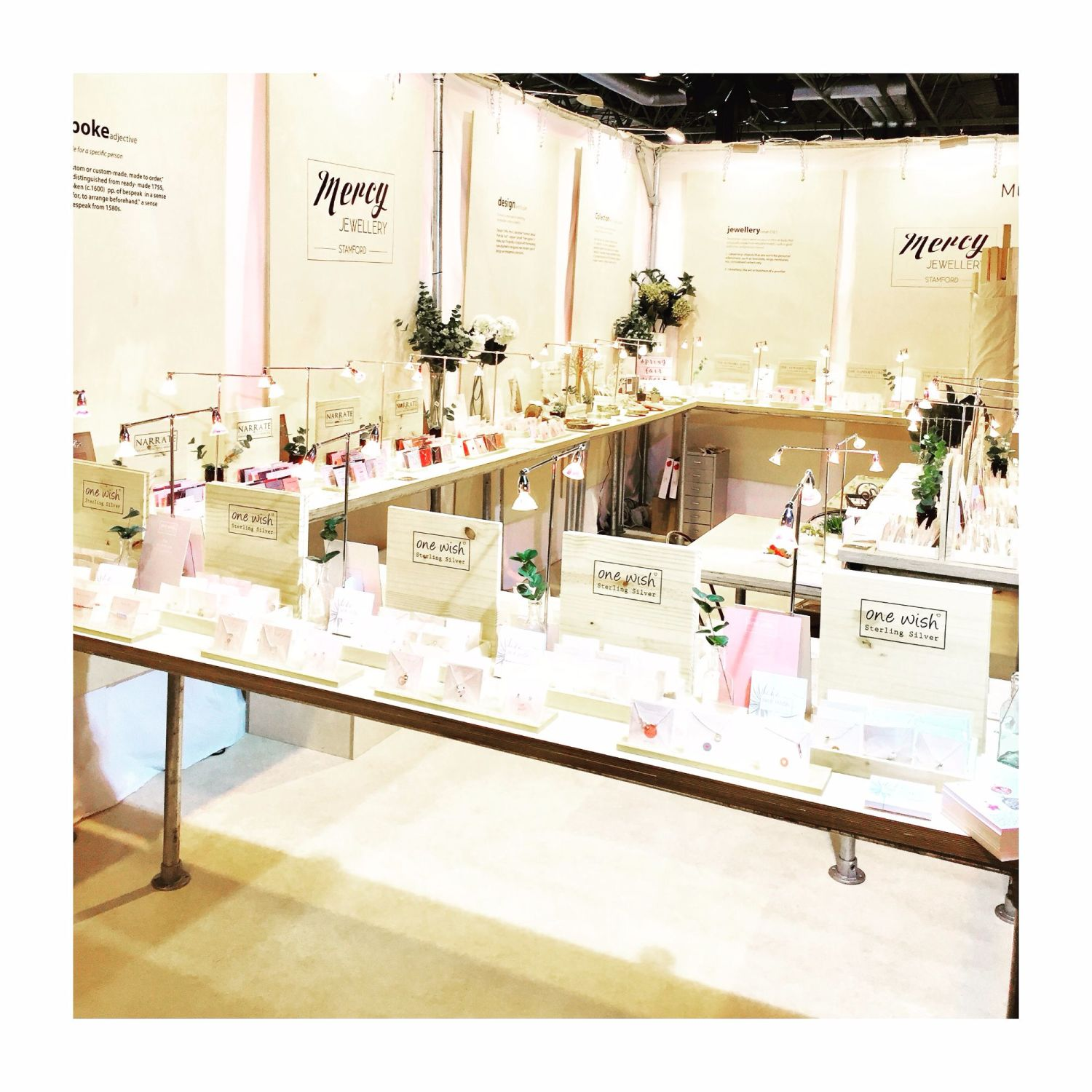 spring_fair_2017_Mercy_jewellery_exhibition_stand