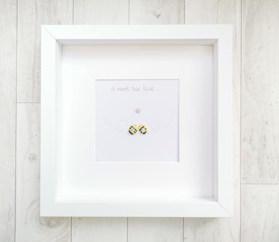 Pebble Art Picture It Must Bee Love - Anniversary - Engagement - Couples Gi
