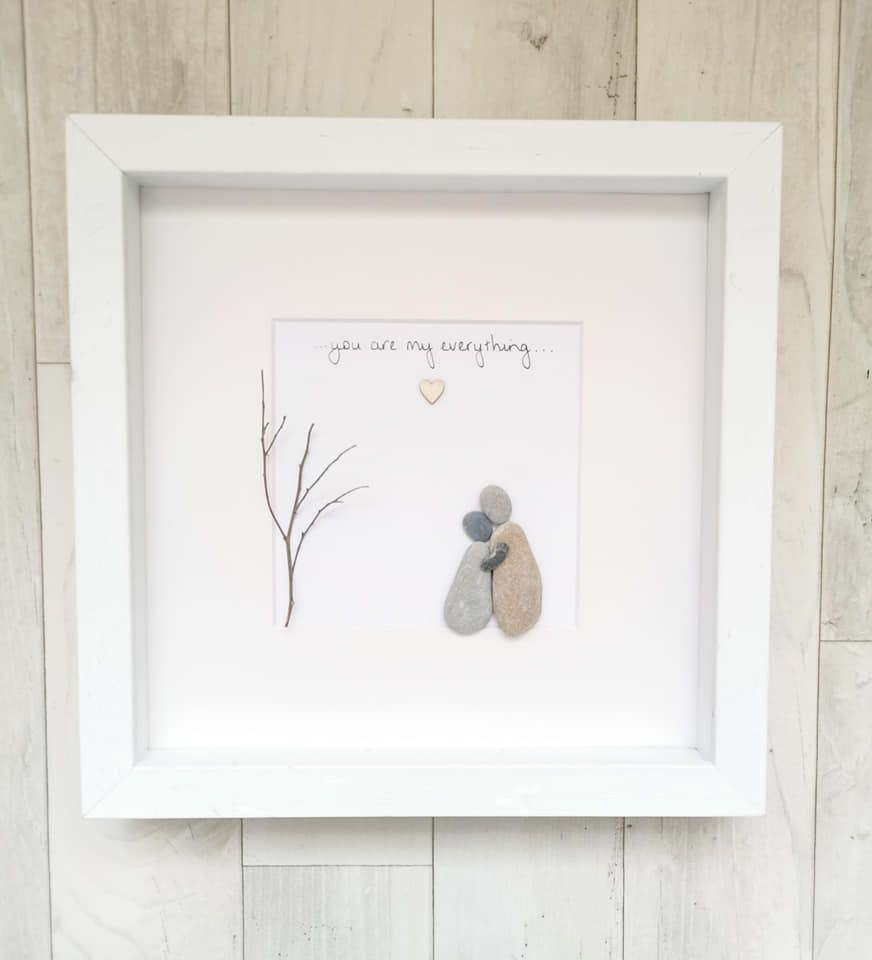 Pebble Art Picture Couple Love - Customised Framed Gift