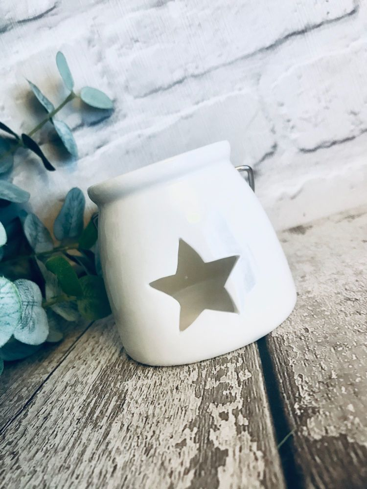 White Ceramic Star T-light Holder