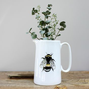 bumblebee-one-pint-fine-bone-china-mug