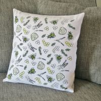 Cushion - Honey & Bumble