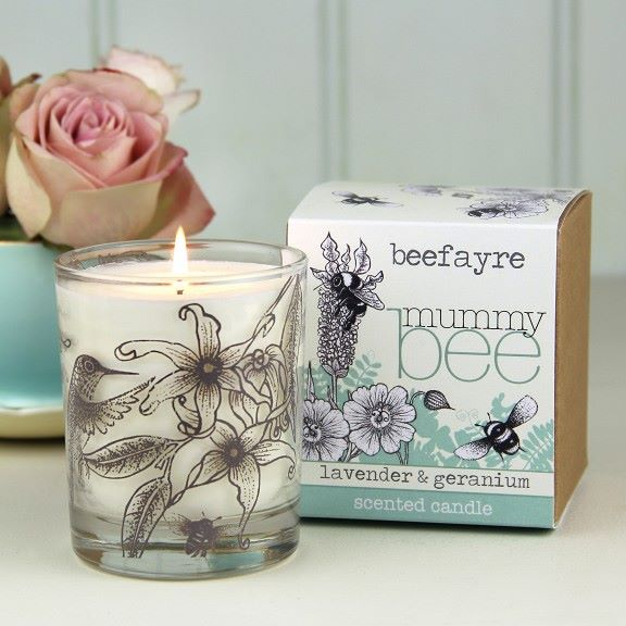 mummy_bee_large_candle