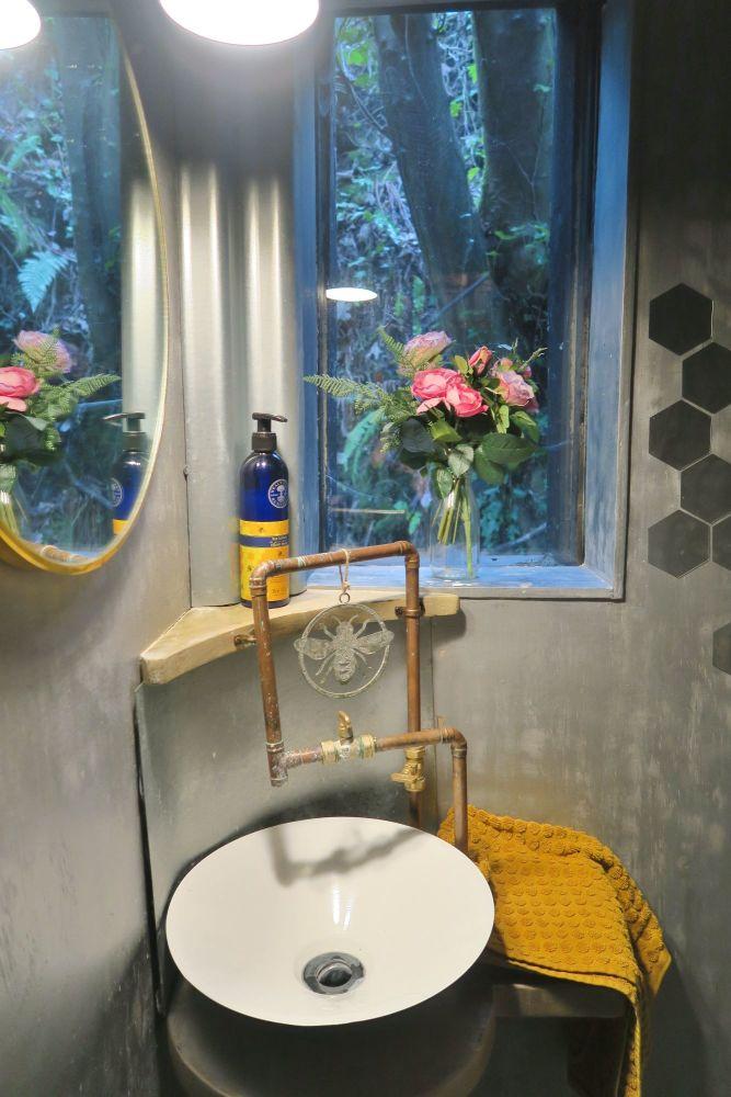 Humble Bee Review Okehampton Devon Toilet