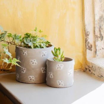 Bee Concrete Planter (Mini)
