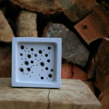Bee Block (Large)