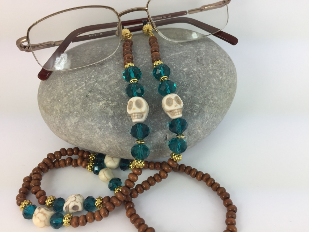 Wood & Skull Glasses Chain