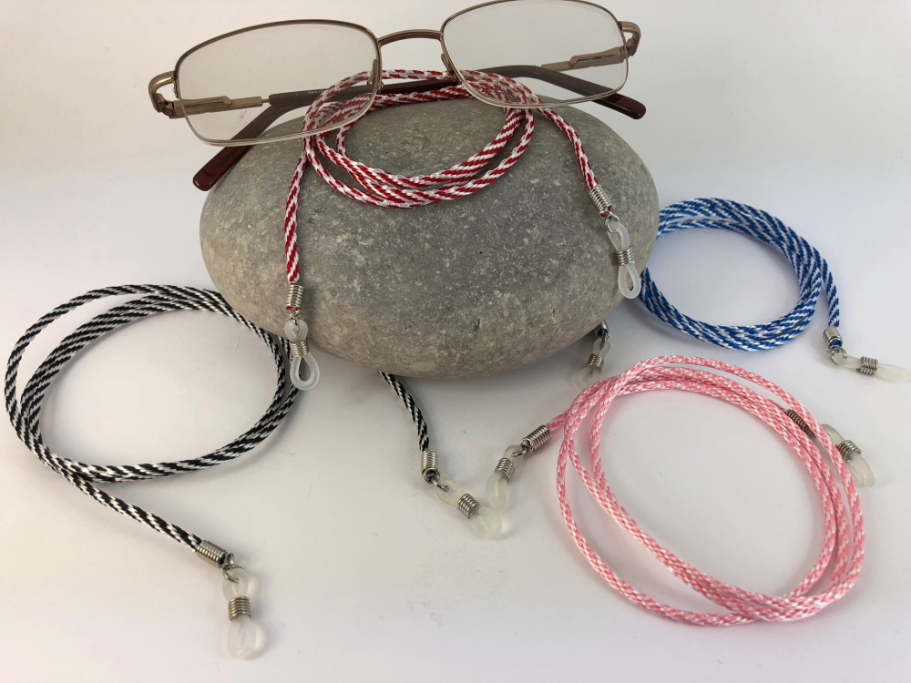 Twisted Glasses Cord