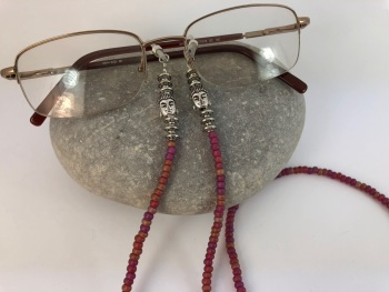 Iridescent Pink Buddha Glasses Chain