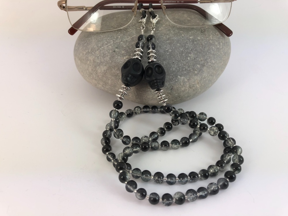 Large Howlite Skull Crackle Bead Glasses Chain