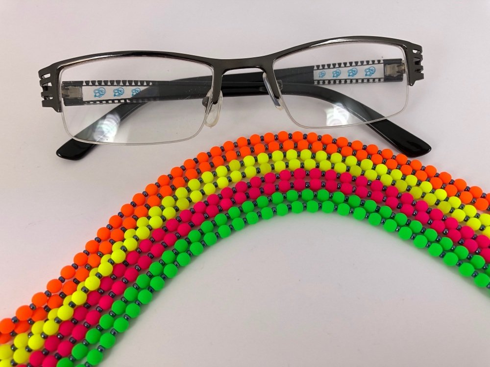 Retro Neon Glasses Chain