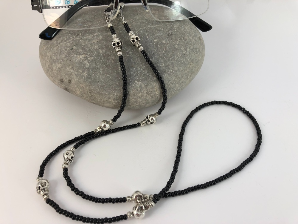 Black beaded Skull Glasses Chain