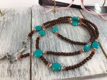 Wood & Turquoise Glasses Chain