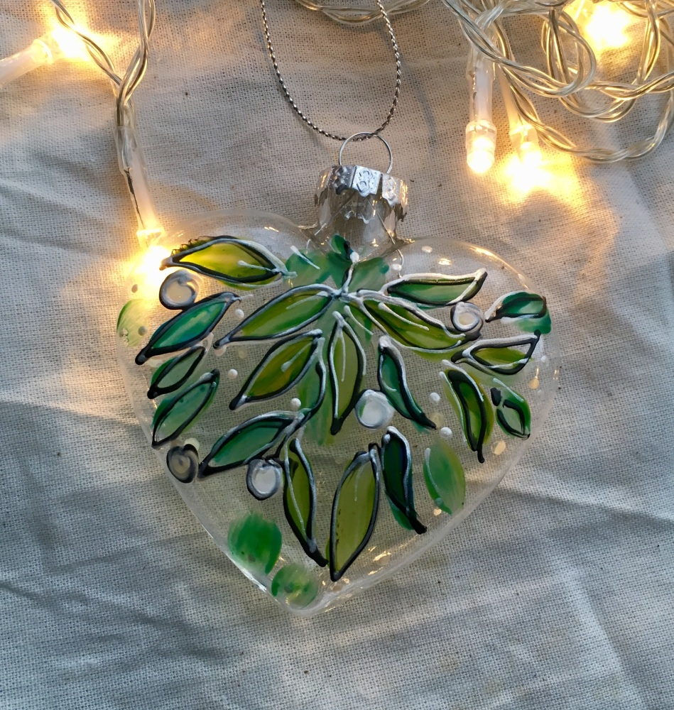 Mistletoe Glass heart