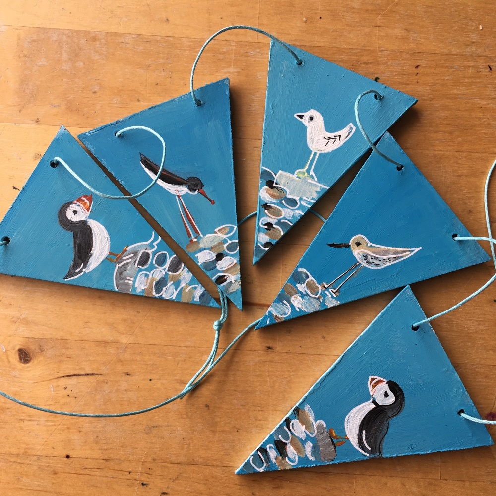 Wooden bunting seabirds
