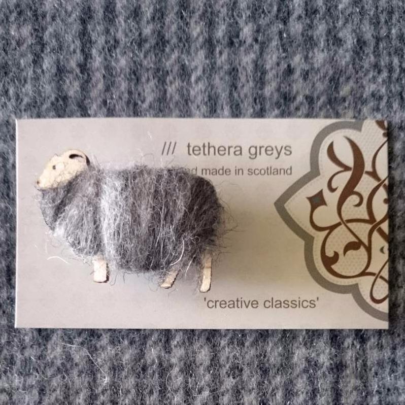 <!-- 004 -->sheep brooch