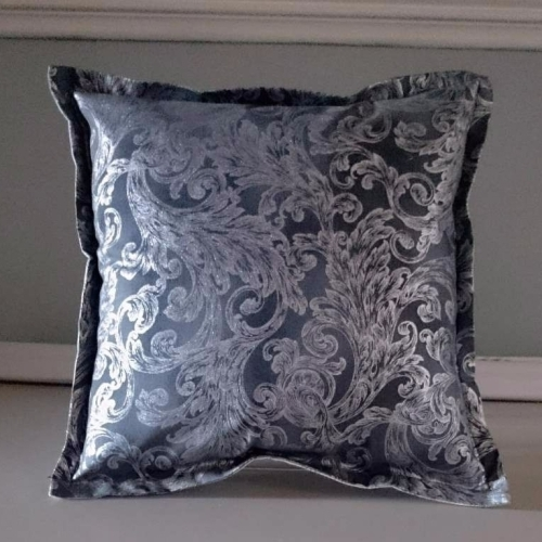 14. mini cushion