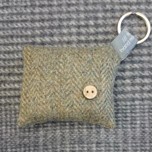 55. wool key ring / bag charm