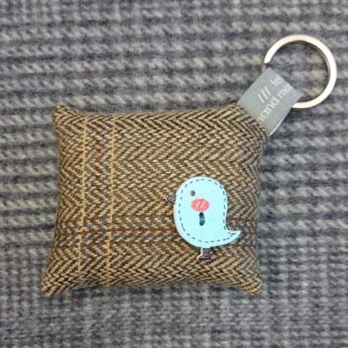 60. wool key ring / bag charm