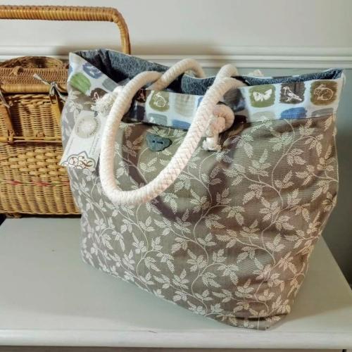 9. boathouse bag