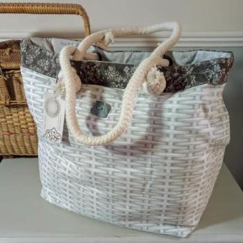 10. boathouse bag