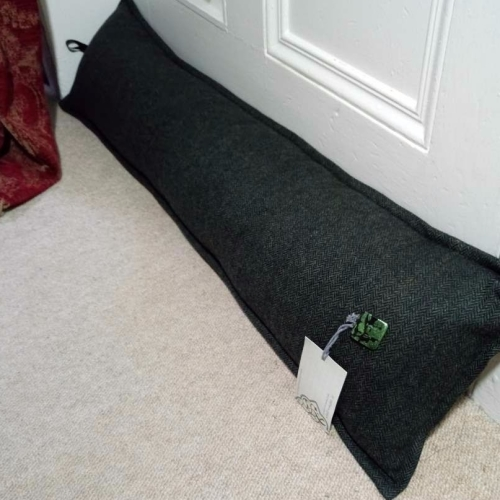 4. draught excluder