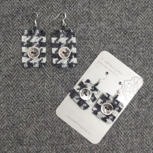 25. wool earrings