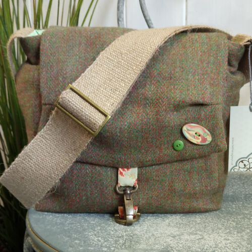 18. crummock bag