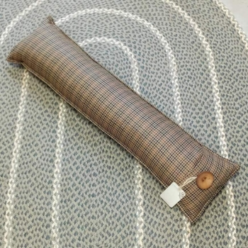 8. draught excluder/sofa bolster