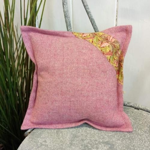 9. mini tweed cushion