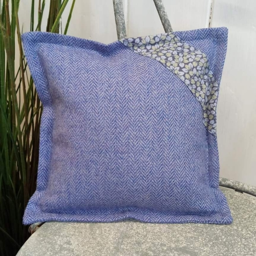 7. mini tweed cushion