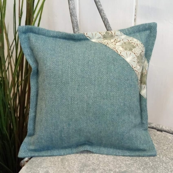 6. mini tweed cushion