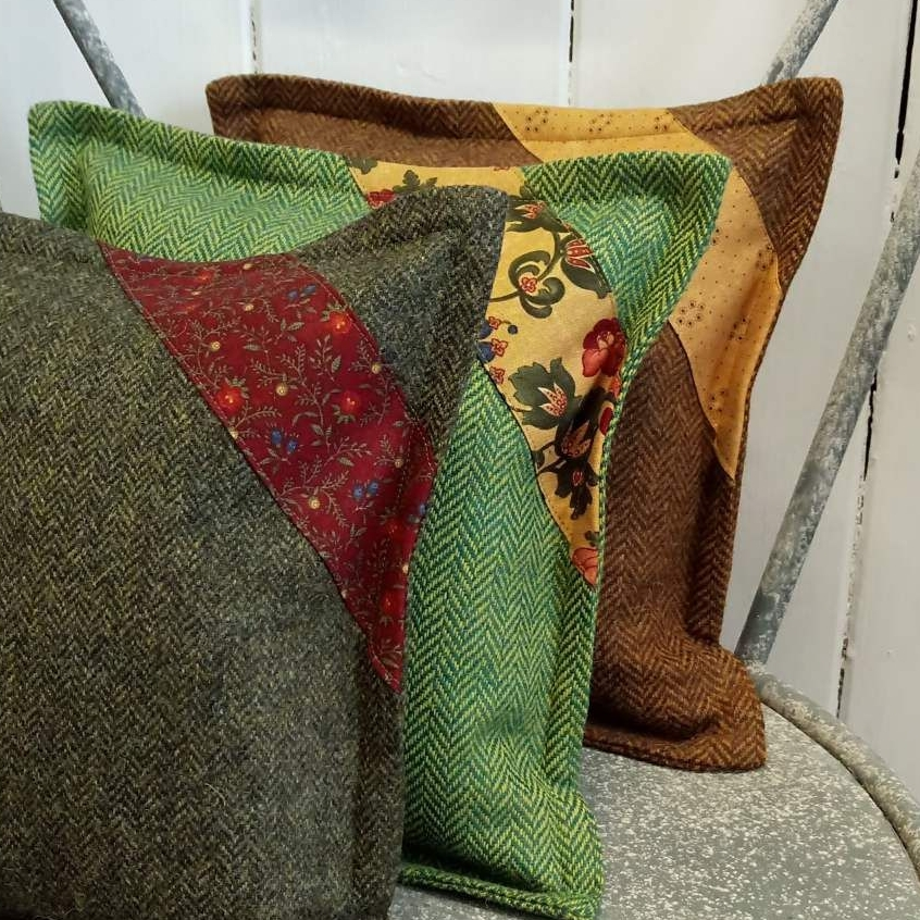 mini tweed cushion
