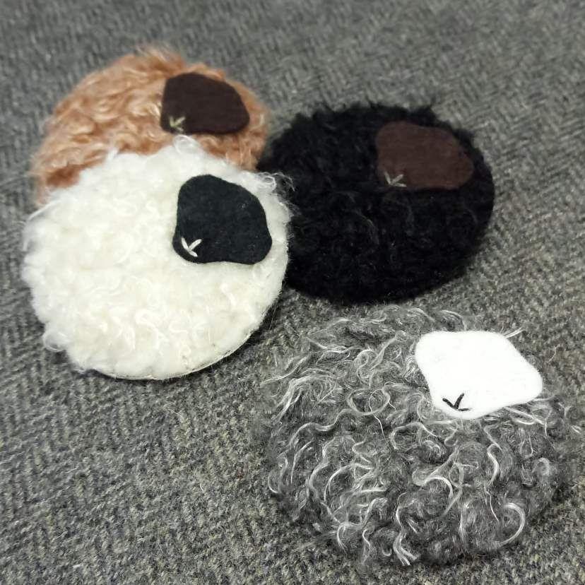 <!-- 006 -->woolly sheep brooch!