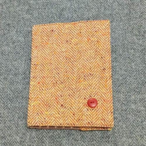 40. passport / notebook cover