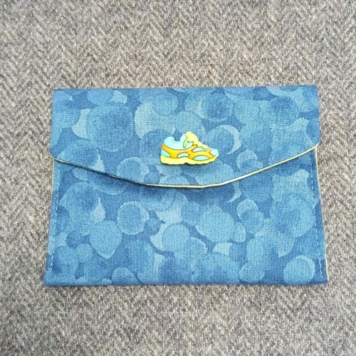 87. small pouch