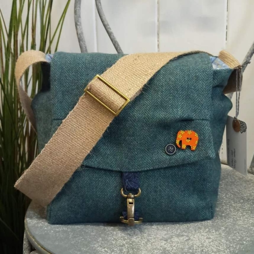 27. crummock bag