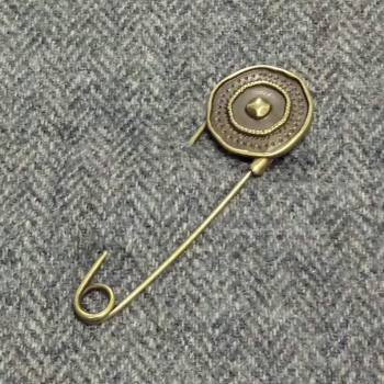shield round bronze