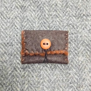 31. teeny wee pouch